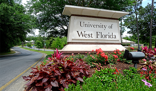 Image of the UWF Pensacola campus entrance sign